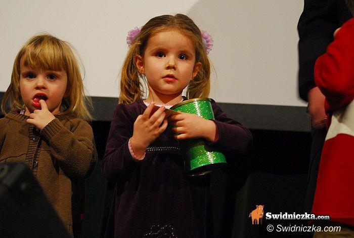 Świdnica: Nawrócenie grzesznicy i spontaniczna modlitwa na scenie – dla czteroletniej Karolinki