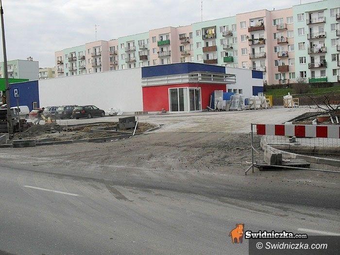 powiat świdnicki: Bilans 2010: Gospodarka – łopaty poszły w ruch