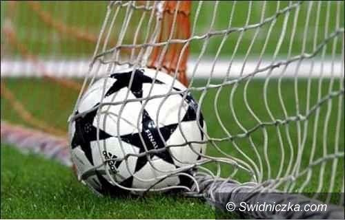 Żarów: Piłkarze kończą pierwszą rundę rozgrywek