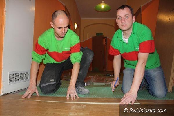 Bystrzyca Górna: Dom dziecka ma nową podłogę