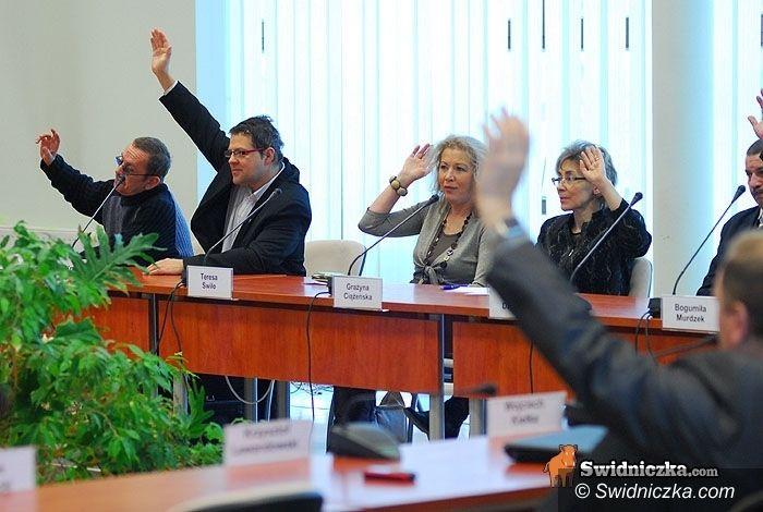 Świdnica: Radni spotkają się na sesji budżetowej wcześniej niż planowano