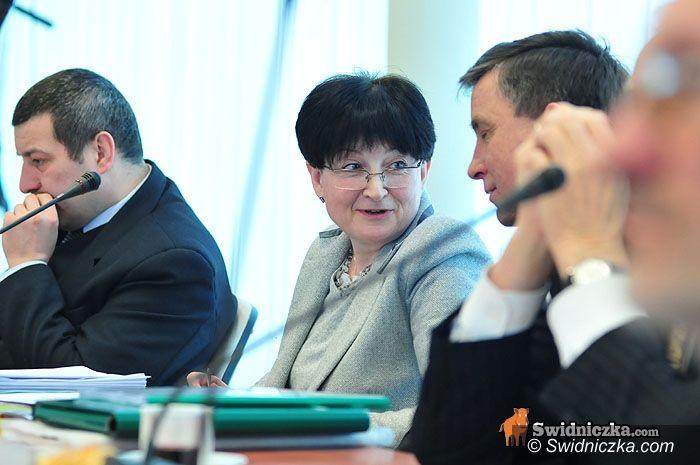 Świdnica: Najważniejsza sesja w roku – budżet uchwalony [aktualizacja z godz. 21.00]
