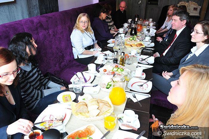 Świdnica: Śniadanie prasowe u prezydenta