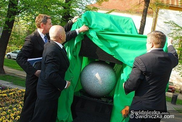 Świdnica: Przeciwnicy pomnika smoleńskiego będą protestować