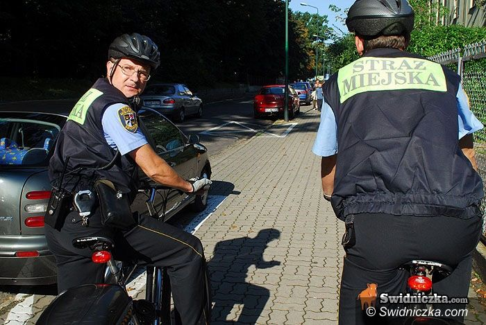 Świdnica: Straż miejska karze, czyli za co teraz możesz dostać mandat