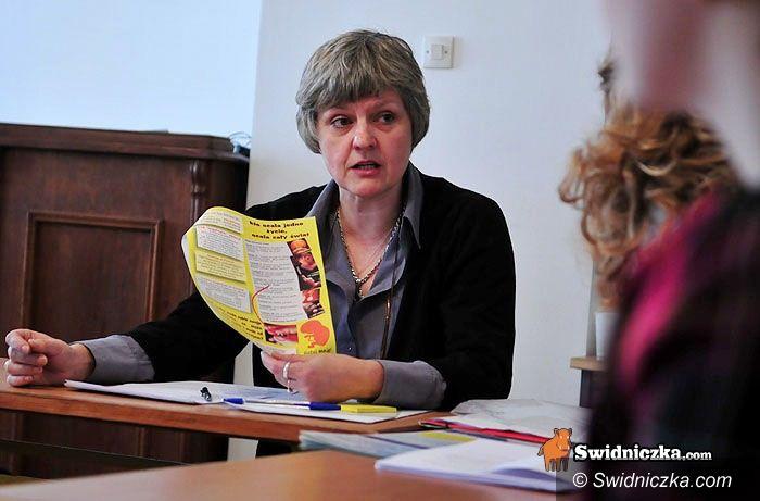 """Świdnica: """"Stop aborcji"""" – rozpoczyna się akcja zbierania podpisów"""