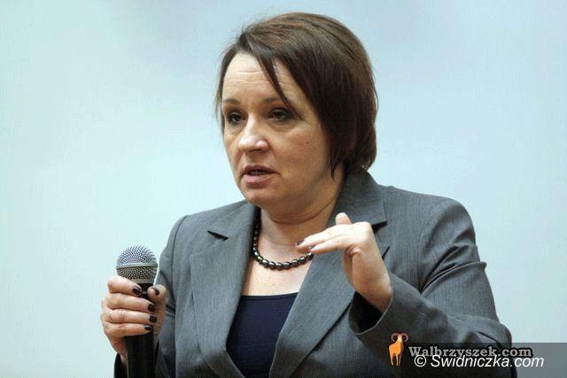 Wałbrzych: Anna Zalewska do studentów: mogę dać prezydentowi Komorowskiemu korepetycje