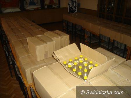 powiat świdnicki: Wiózł 2,6 tys. litrów lewego alkoholu