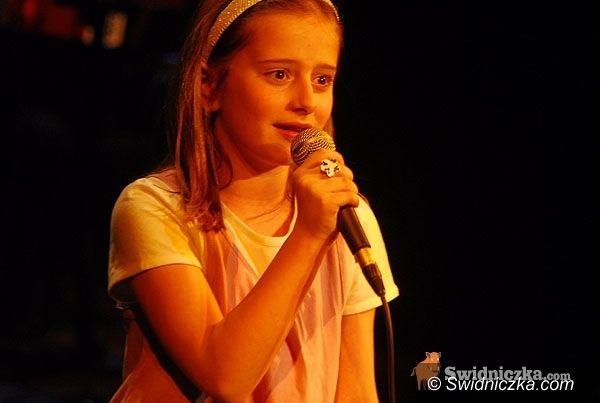 Świdnica: Rozśpiewana Świdnica – tysiąc złotych dla najlepszego wokalisty