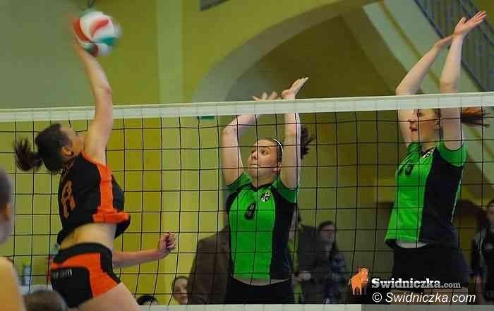 Mońki: Młodziczki MKS–u żegnają się z Mistrzostwami Polski