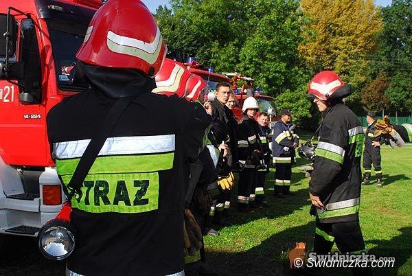 powiat świdnicka: Strażacy walczą ze skutkami majowej zimy i ulew