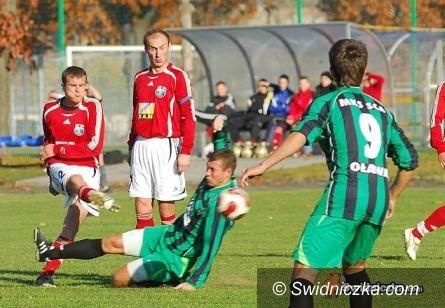 III-liga piłkarska: Polonia Świdnica remisuje z trzecią siłą tabeli