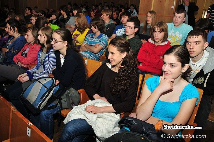 Świdnica: Nie szantażujcie Pana Boga – redaktor Terlikowski poucza licealistów