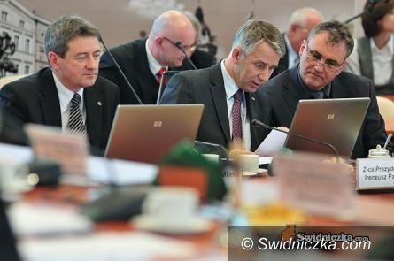 Świdnica: Dziś sesja absolutoryjna – czy radni poprą prezydenta?