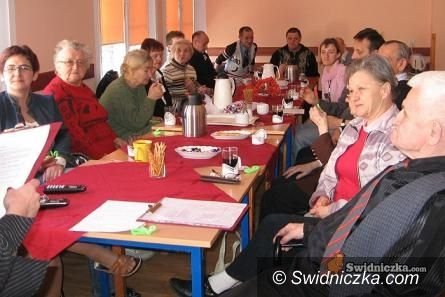 Świdnica: Przeszkolą jak opiekować się seniorami