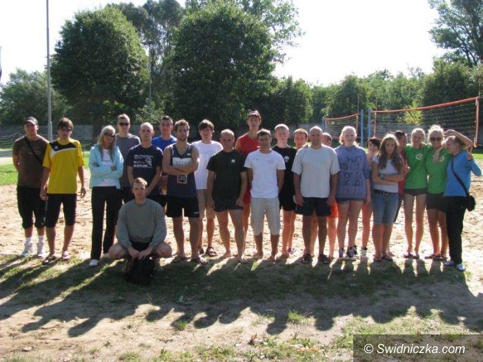 Świdnica: Siatkarze rywalizowali III Otwartym Turnieju Siatkówki Plażowej