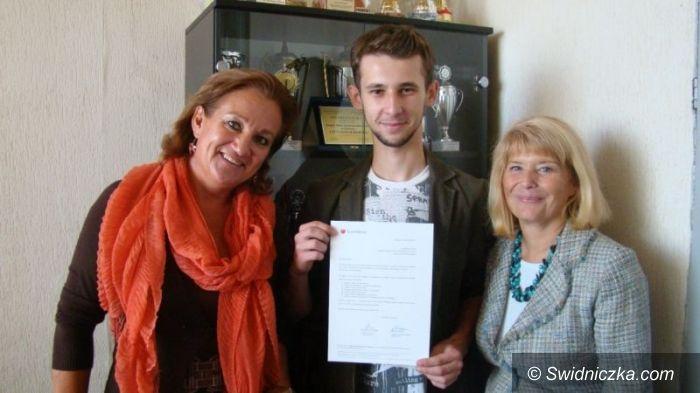 Wrocław: Sukces Absolwenta II LO w Świdnicy