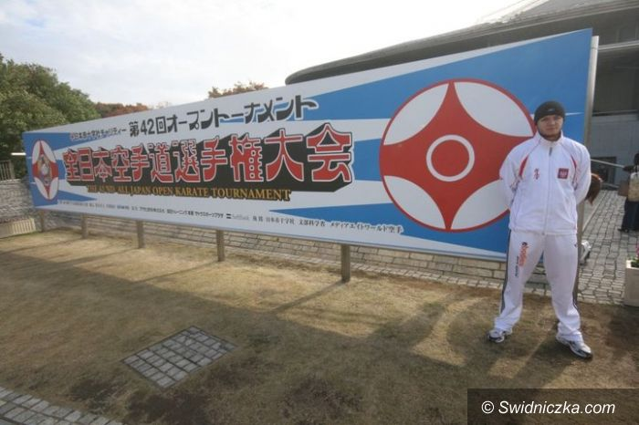 Japonia: Daniel Bukowy wyleciał do Japonii na Mistrzostwa Świata