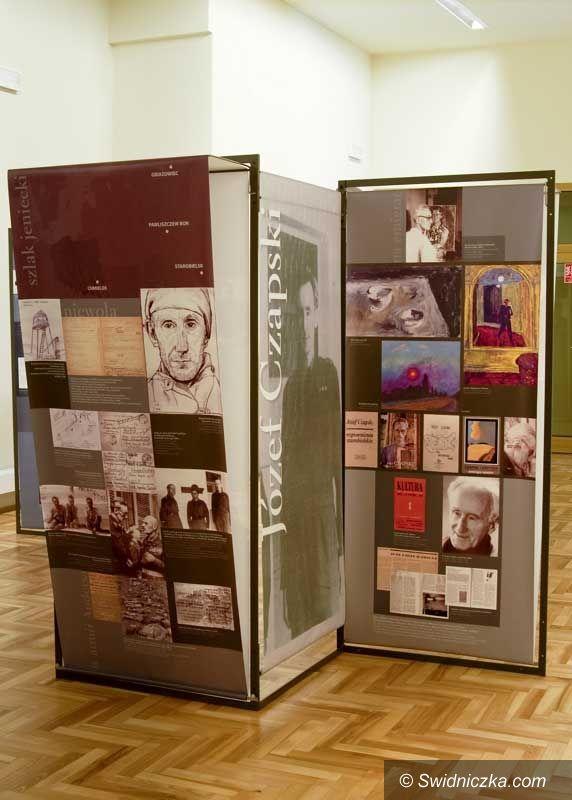 """Rogoźnica: Nowa wystawa czasowa """"Portrety jeńców"""" w Muzeum Gross–Rosen w Rogoźnicy"""
