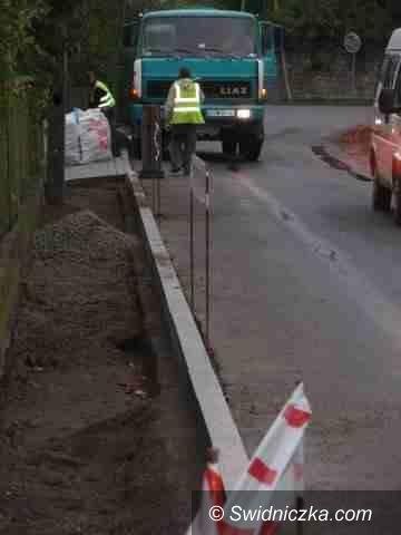 Borów: Będzie nowy chodnik w Borowie