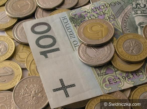 Świebodzice: Sesja z obligacjami