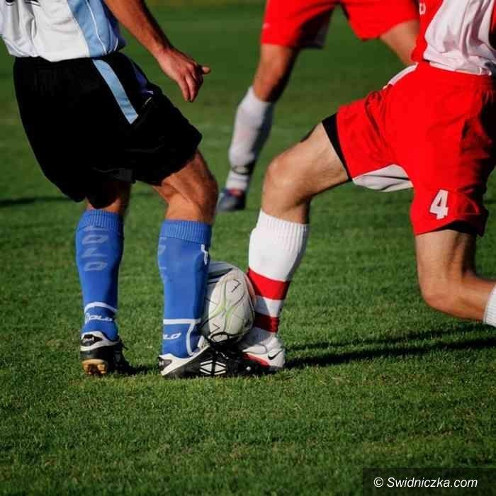 IV-liga piłkarska: Na półmetku wcelowali w środek