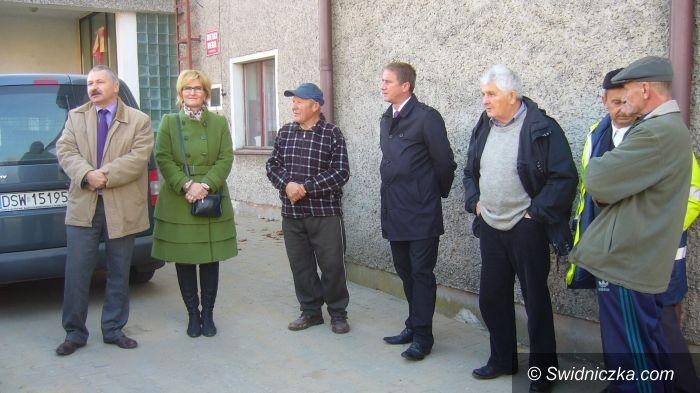 Wierzbna/Nowice/Gmina Świdnica: Wierzbna i Nowice mają zmodernizowaną drogę