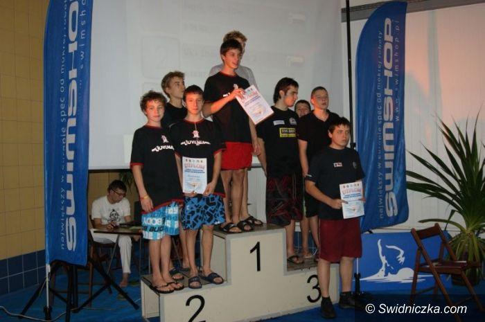Nowa Ruda: 11 medali Rekina w Nowej Rudzie