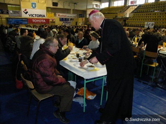 Świebodzice: Opłatek z biskupem i samorządowcami w Świebodzicach