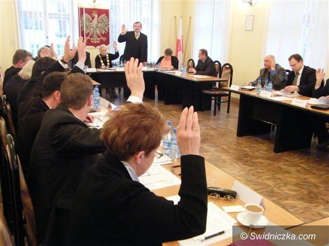 Świebodzice: Wieloletni plan rozwoju i modernizacji urządzeń wodociągowych i kanalizacyjnych na lata 2011–2015 przyjęty w Świebodzicach