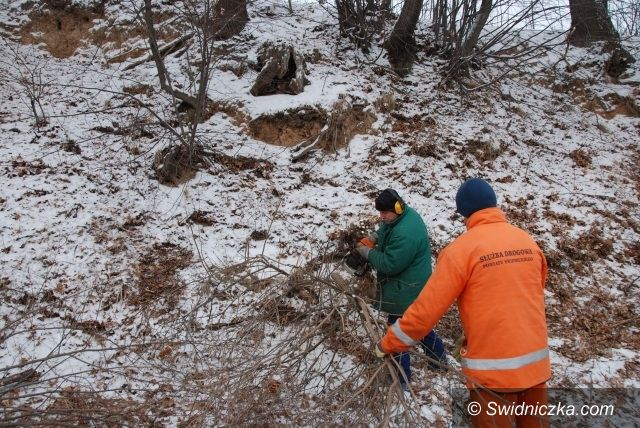 Świdnica: Zimowe prace na drogach w naszym powiecie