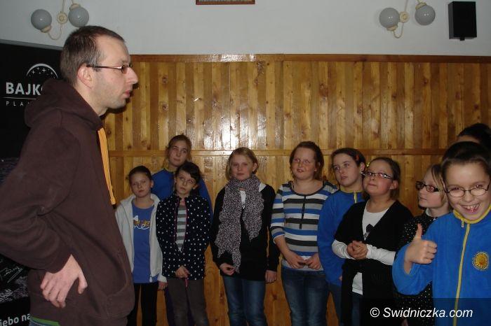 Świdnica: Bajkonur w Szkole Podstawowej numer 8