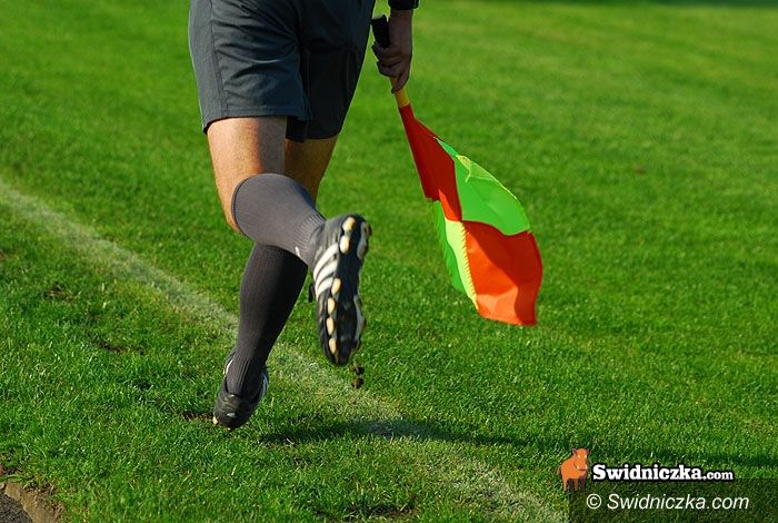 IV-liga piłkarska: Inauguracja IV–ligi: AKS podejmie Karkonosze