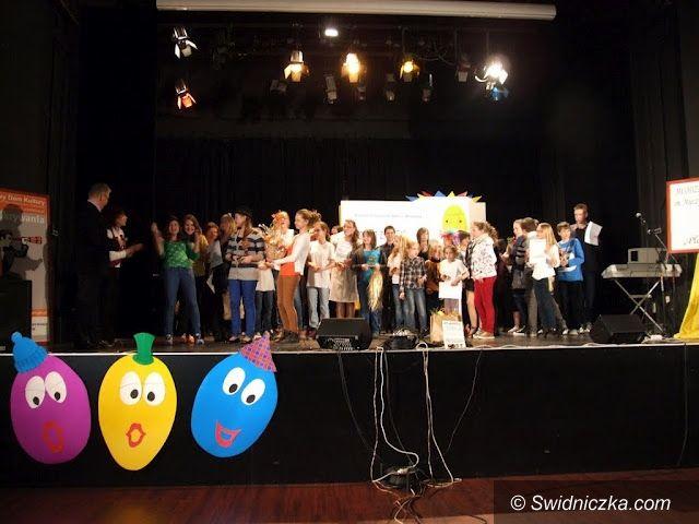 Świdnica: Zaśpiewali z jajem