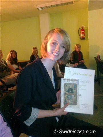 Świdnica: Weronika Śliwowska z Gimnazjum nr 3 recytuje najpiękniej