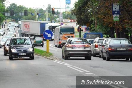 Świdnica: Nowe pasy na miejskich ulicach