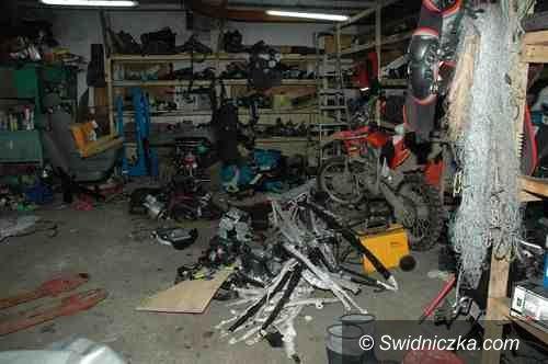 powiat świdnicki: Ujawnili dziuple samochodowe