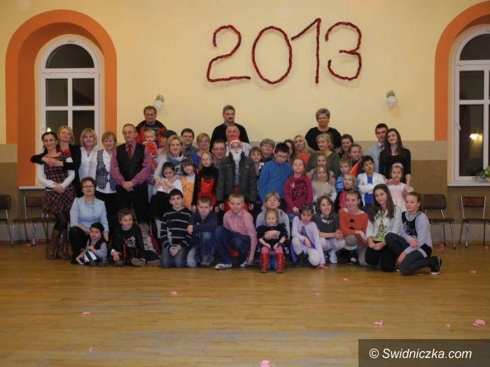 Mokrzeszów: Bal karnawałowy dla dzieci z rodzin zastępczych