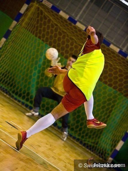 Żarów: Zagrali piłkarze z Żarowskiej Ligi Futsalu