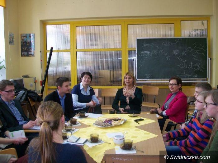 Gmina Świdnica: Pracowity miesiąc młodych radnych
