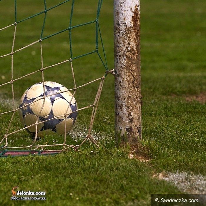 powiat świdnicki: Sparingi piłkarskich zespołów z powiatu świdnickiego