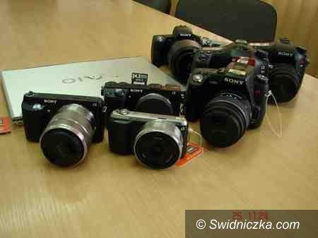 Wrocław/Świebodzice: Zatrzymany za kradzież aparatu fotograficznego i laptopa