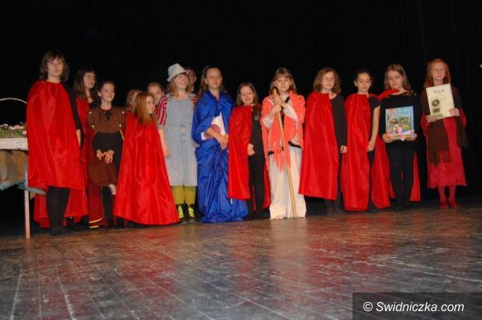 Świdnica: XII Międzyszkolny Przegląd Małych Form Teatralnych