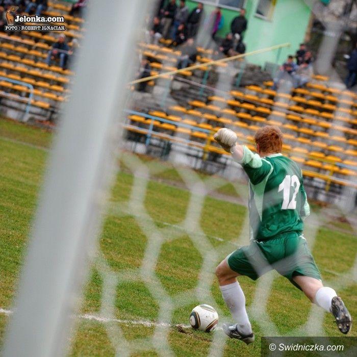 IV-liga piłkarska: Zabójcza druga połowa AKS–u