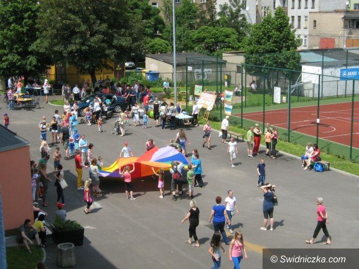 Świdnica: Festyn rodzinny w SP 6