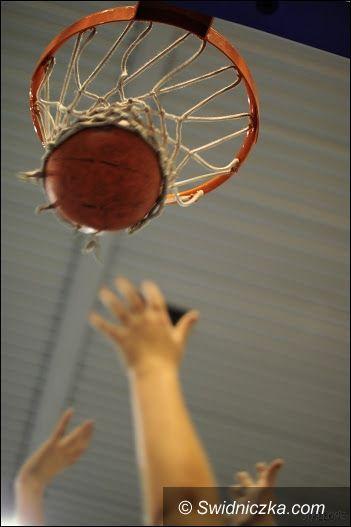 Świdnica: Decydujące starcia w Świdnickiej Amatorskiej Lidze Koszykówki