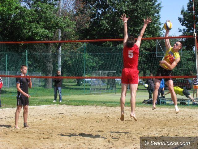 Świdnica: Rekordowy turniej plażówki