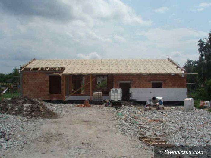 Gmina Dobromierz: Postępy na budowach