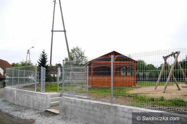 Morawa: Mieszkańcy Morawy doczekali się placu zabaw