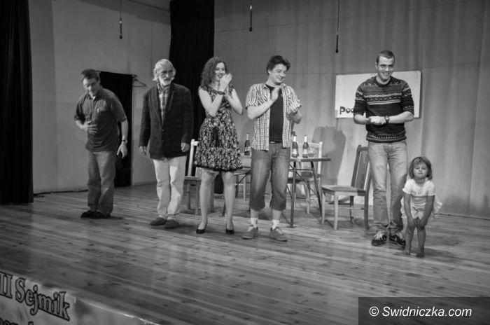 Żarów: Na deskach teatru w Ożarowie